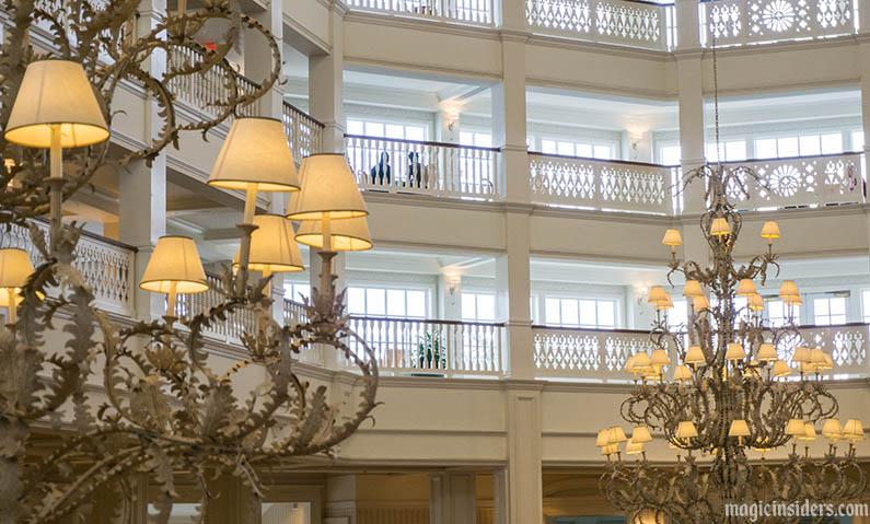 grand floridian resort lobby chandeliers