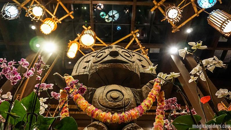 disney world resorts on monorail polynesian tiki